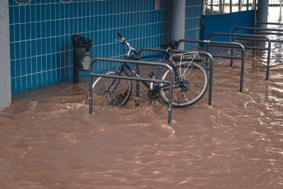 Tips for choosing a Contractor for your FLOOD DAMAGE