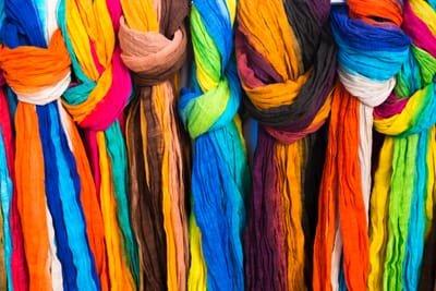 איך צובעים בגד או בד