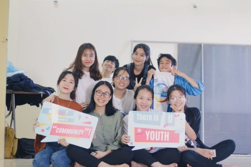 STUDENT COUNCIL OFFICERS AND CLUBS