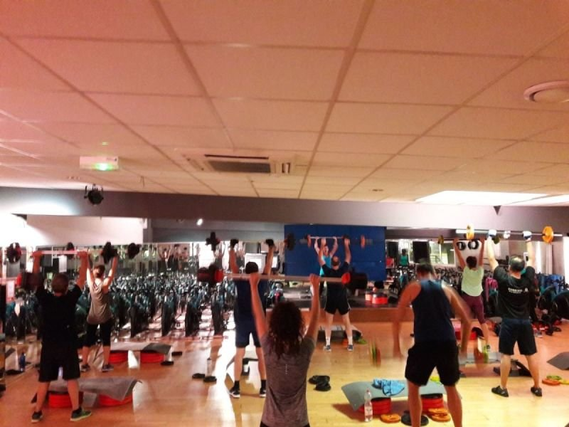 COURS COLLECTIFS FITNESS