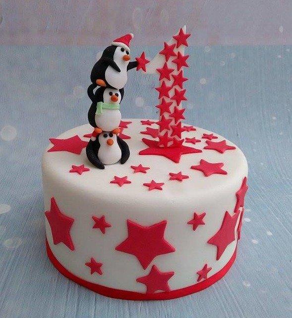τούρτα παιδική γενεθλίων από ζαχαρόπαστα ενος έτους (πινγκουίνοι), ζαχαροπλαστείο καλαμάτα madame charlotte, birthday cakes kalamata