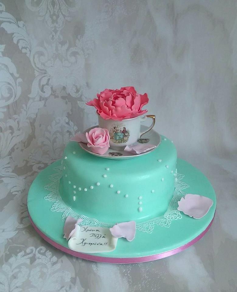 βαπτισης τούρτα απο ζαχαρόπαστα tea pot cake, ζαχαροπλαστείο καλαμάτας madame charlotte, birthday theme tea pot cake kalamata