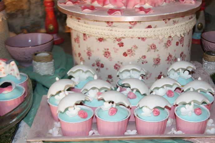 μπουφέ βάπτισης christina vintage ζαχαροπλαστείο καλαμάτας madame charlotte, birthday baptism cup cakes kalamata