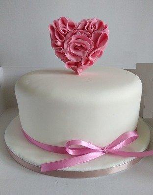 τούρτα απο ζαχαρόπαστα i love you ζαχαποπλαστειο καλαματα madame charlotte, birthday cakes 2d 3d confectionery patisserie kalamata