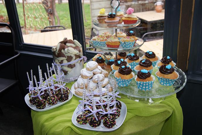 γλυκά μπουφέ βάπτισης Ζαχαροπλαστειο καλαματα madame charlotte, birthday baptism cakes kalamata