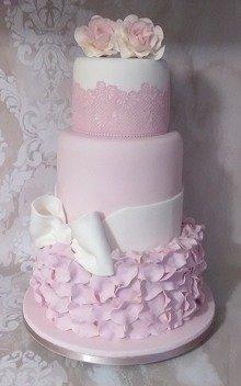τριοροφη 3οροφη τούρτα γάμου από ζαχαρόπαστα roses Ζαχαροπλαστειο καλαματα madame charlotte, wedding cakes kalamata