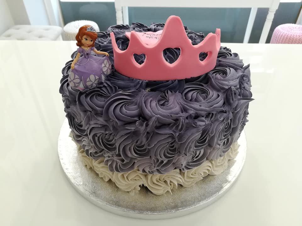τούρτα χωρίς ζαχαρόπαστα πριγκιπισσα princess, ζαχαροπλαστείο καλαμάτα madame charlotte, birthday wedding party cakes 2d 3d kalamata