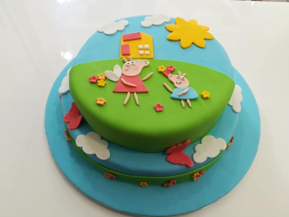 τούρτα από ζαχαρόπαστα pepa pig & george, Ζαχαροπλαστείο καλαμάτα madame charlotte, τούρτες γεννεθλίων γάμου βάπτησης παιδικές θεματικές birthday theme party cake 2d 3d confectionery patisserie kalamata
