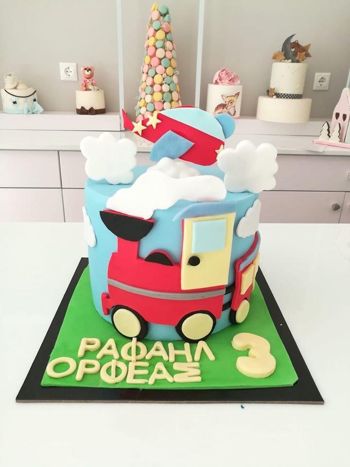 τούρτα από ζαχαρόπαστα τραίνο - αεροπλάνο train - aeroplane, Ζαχαροπλαστείο καλαμάτα madame charlotte, τουρτες παρτι παιδικες γενεθλίων για αγόρια για κορίτσια για μεγάλους madamecharlotte.gr birthday theme cakes patisserie confectionery kalamata