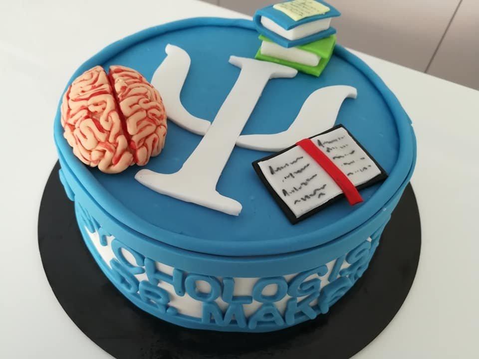 τούρτα από ζαχαρόπαστα ψυχολόγος psychologist themed cake, Ζαχαροπλαστεία στη Καλαμάτα madame charlotte, τούρτες γεννεθλίων γάμου βάπτησης παιδικές θεματικές birthday theme party cake 2d 3d confectionery patisserie kalamata