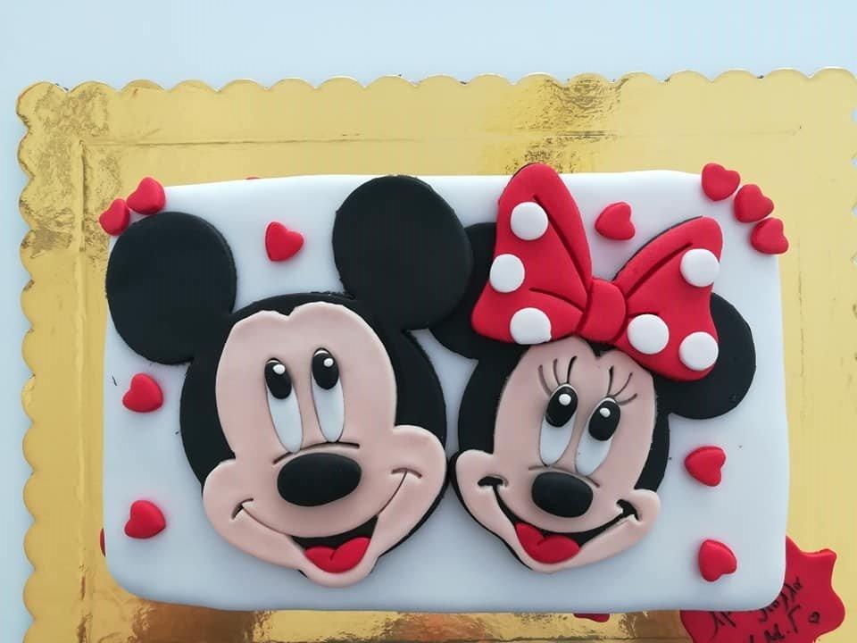 τούρτα από ζαχαρόπαστα μίκυ και μίνι θεματική τούρτα, mickey and minnie mouse disney themed cake, Ζαχαροπλαστείο Καλαμάτα madame charlotte, τούρτες για πάρτι παιδικές γενεθλίων για αγόρια για κορίτσια για μεγάλους madamecharlotte.gr birthday themed cakes patisserie confectionery kalamata
