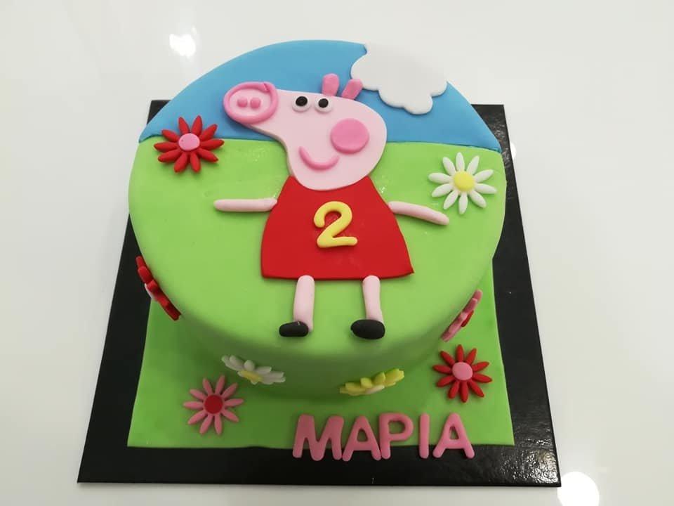 τούρτα από ζαχαρόπαστα πέπα γουρουνάκι θεματική τούρτα, peppa pig themed cake, Ζαχαροπλαστείο Καλαμάτα madame charlotte, τούρτες για πάρτι παιδικές γενεθλίων για αγόρια για κορίτσια για μεγάλους madamecharlotte.gr birthday themed cakes patisserie confectionery kalamata