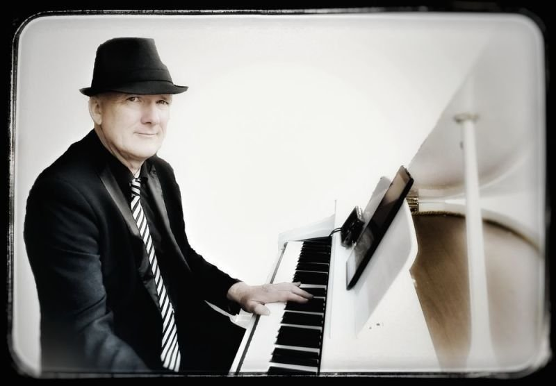 RICHARD VICART Pianiste  pour ambiance piano-bar