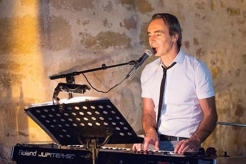 Christophe Hanotin, pop, rock, lounge,  latino variétés internationales, françaises