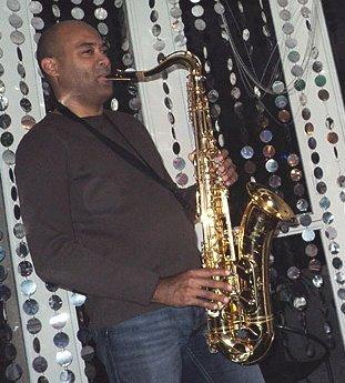JACKSON SAX solo, duo et en groupe. Jazz, latin, pop, variétés, lounge.