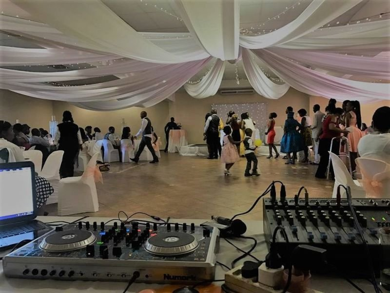 DJ Function/Weddings