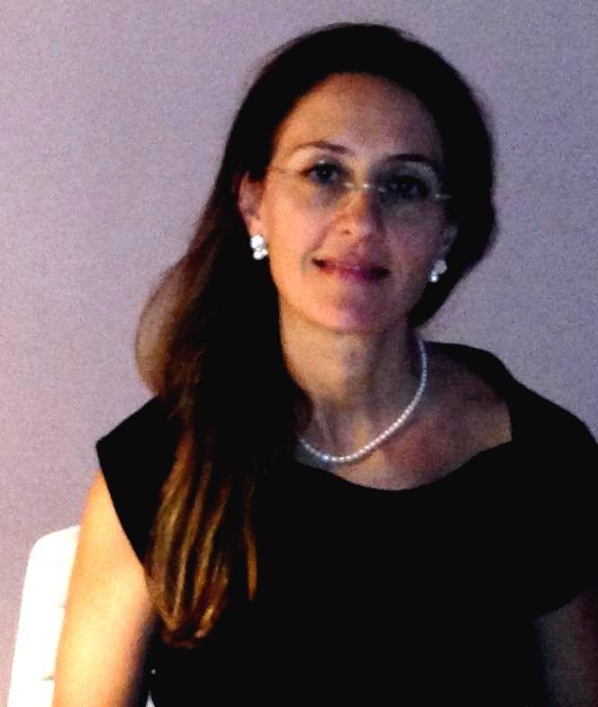 Dr.ª Patrizia                                            Veca