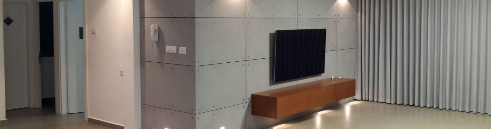 חיפוי קיר בטון חשוף דקורטיבי