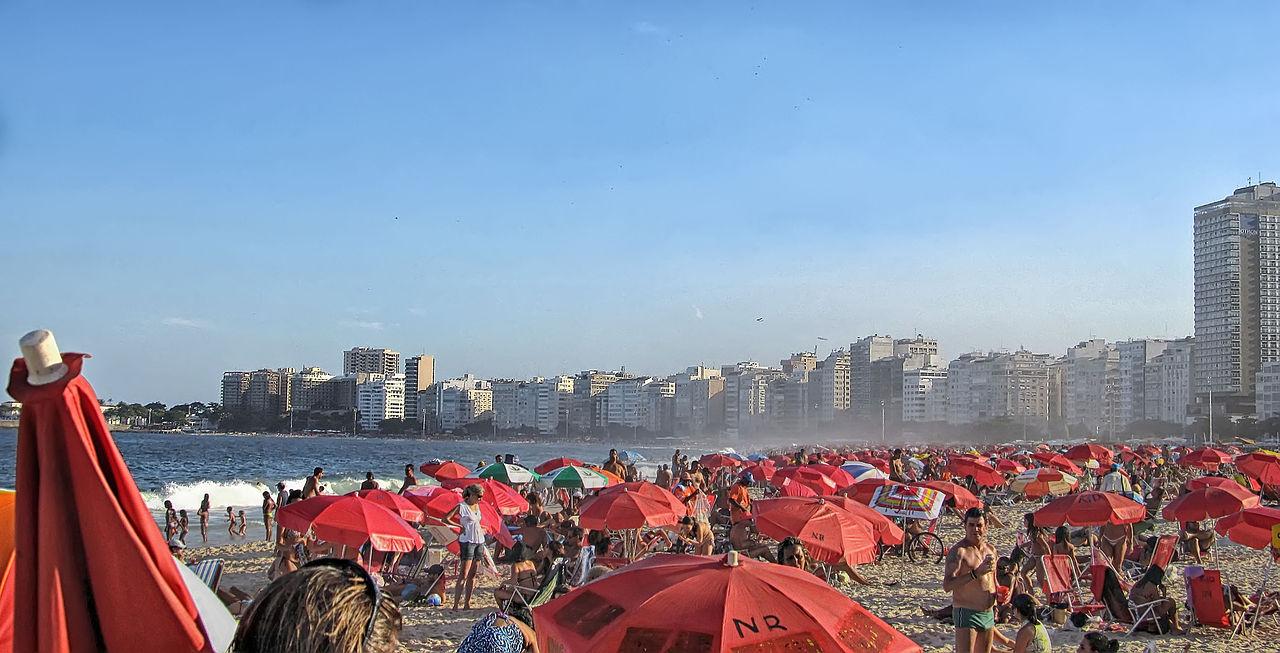 חוף קופקבנה בסוף שבוע קייצי