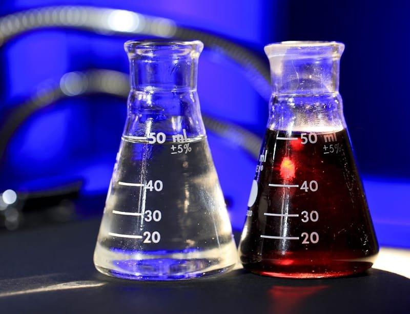 Insumos para as indústrias de: Alimentos, Bebidas, Cosméticos, Domissanitários e Farmacêuticos.