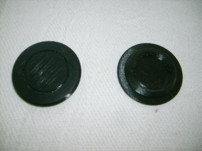 The pillar seals are shipped in pairs.