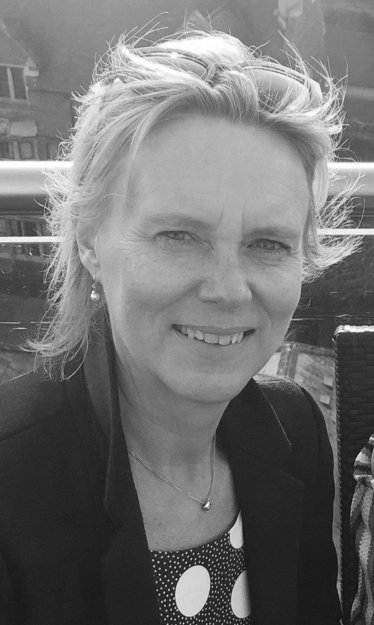 Sarah Calder