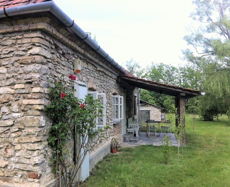 öreg köház * altes Steinhaus