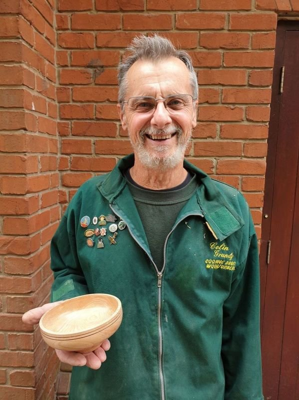 Colin was also busy at the workshop producing a fine looking Bowl