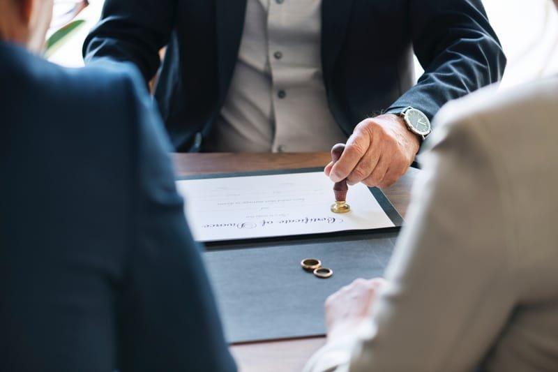 Послуги адвокат в сімейних справах