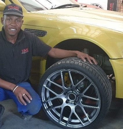 Highly qualified technicians
