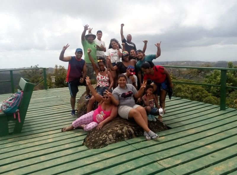 El Nest BackPackers and Group Retreat
