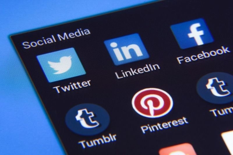 Social Media/eCommerce