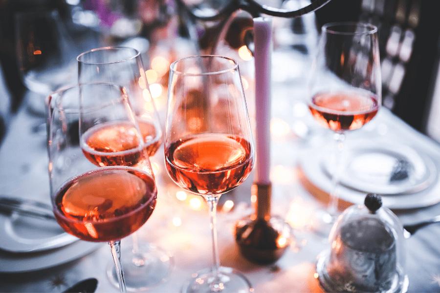 Verres de vin rosé