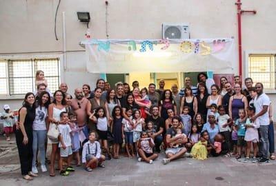 נעים להכיר, בית ספר שכונתי שפירא