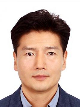 Dr. D. Jong-Bong Kim
