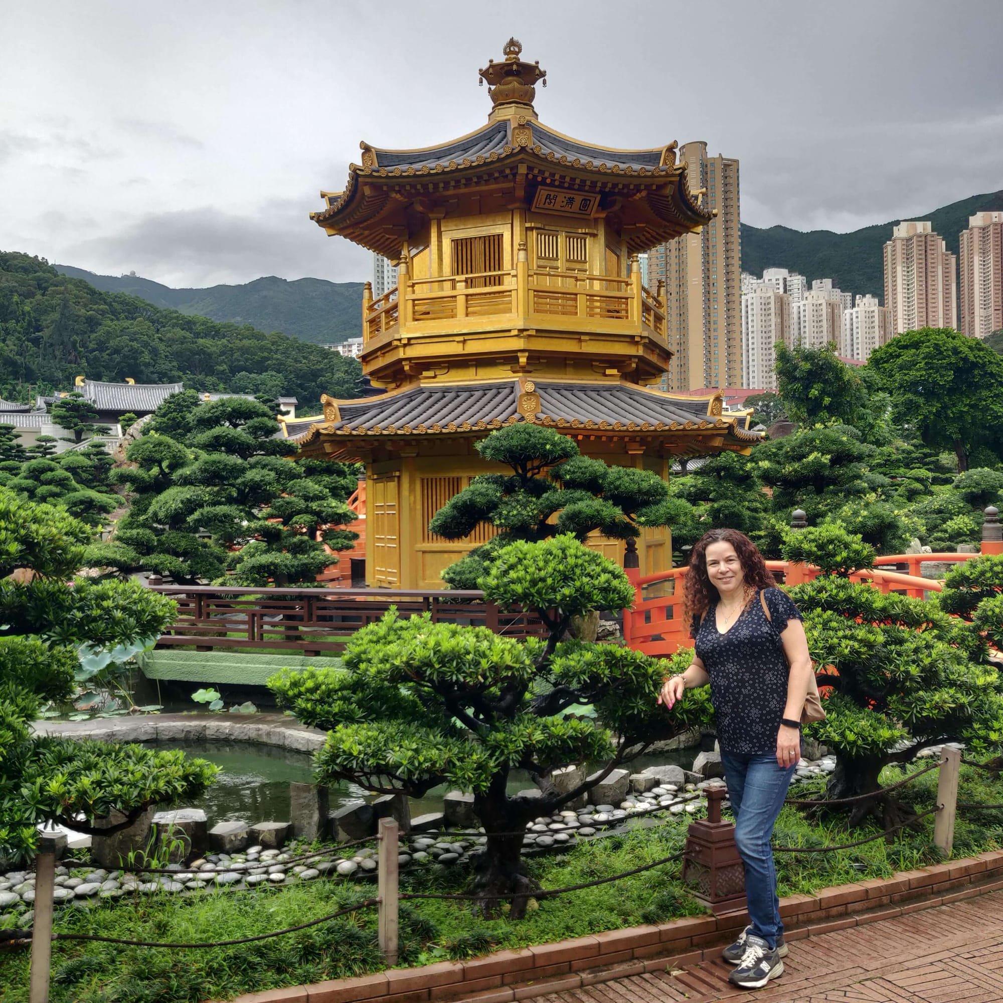 רוית רדיאן, בין ים ושמיים,  אימון אישי, אימון עסקי, אימון לשינוי, הונג קונג