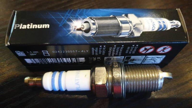 Bosch Platanium Spark Plug 6702