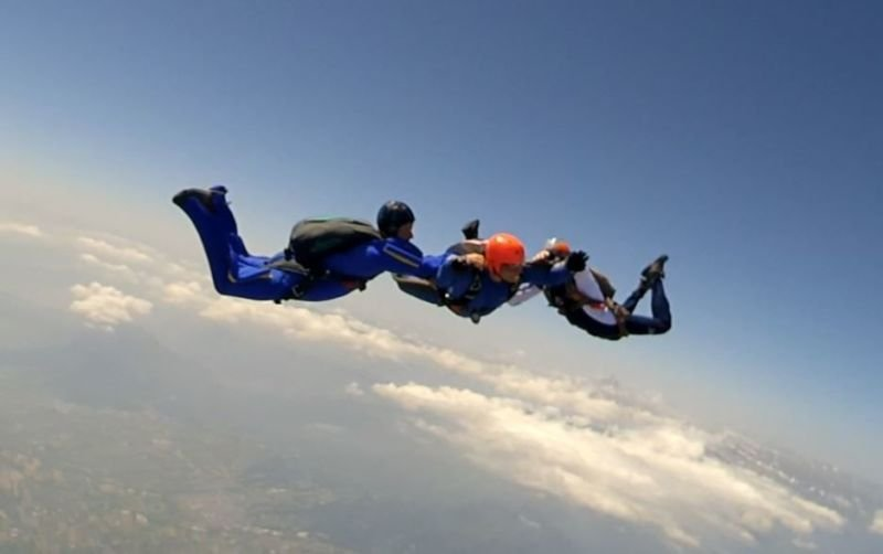 Formation Accelerated FreeFall (AFF)