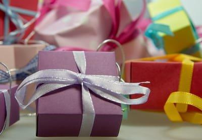 הדף השבועי: אין מתנות חינם