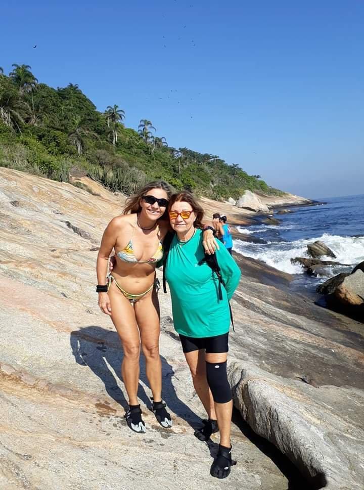 Brigitta e Christina na Ilha Mãe