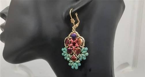 תכשיטים מיוחדים סרוגים ביד, מאת האומנית שרה ויסלר מבאר שבע