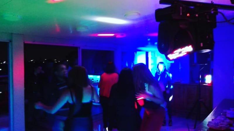 DJ A DOMICILIO
