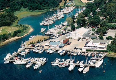 Hamptons and Tanger Outlet-1 Day Tour