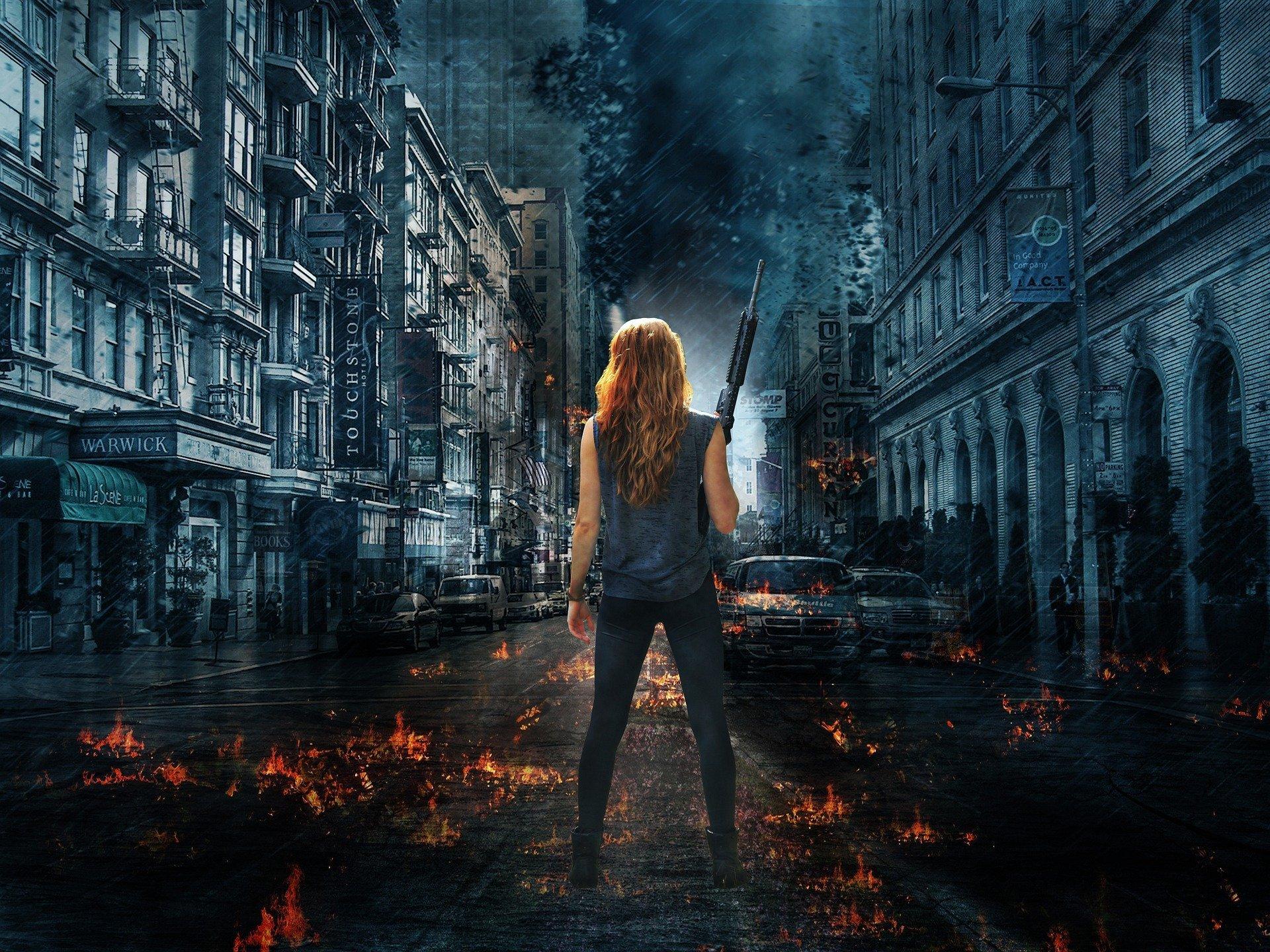 jeune femme de dos avec une épée affrontant une ville noire. Décor de nuit