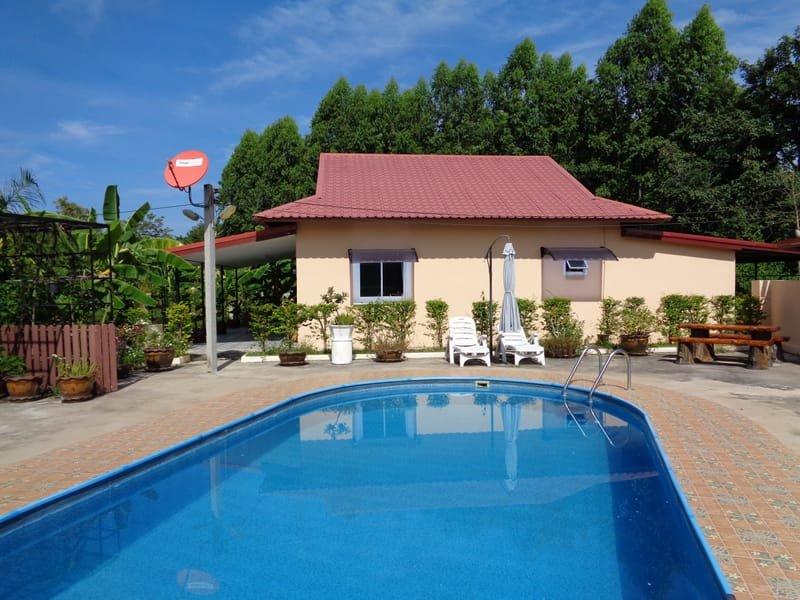 Building a 2 Bedroom pool Villa  850,000 baht