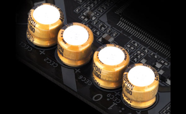 close look at the Audio Capacitors