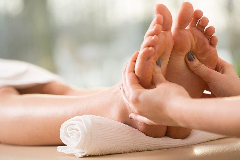 Foot Massage - Padabhyanga