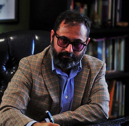 Dr. Mauricio De la Maza Benignos