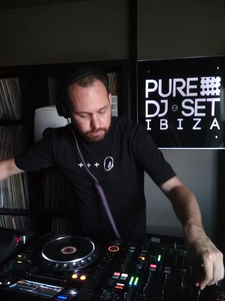 Jona Jefferies at Pure Ibiza Radio