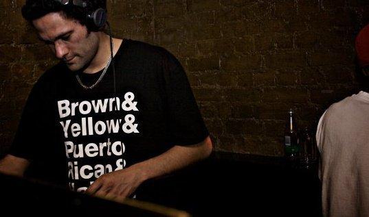Kava Looking down DJing